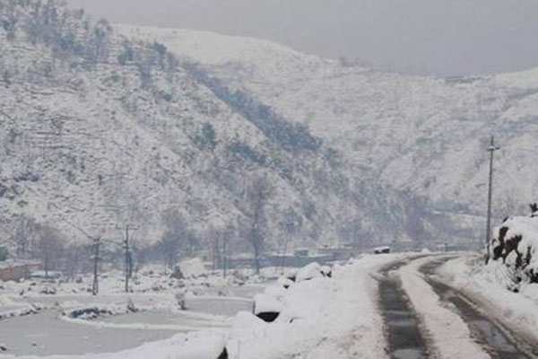 Light snowfall in Jammu and Kashmir, Ladakh - Srinagar News in Hindi