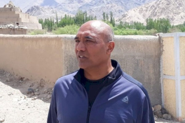 Uncertainty, nervous atmosphere in Leh amidst deadlock over LAC - Delhi News in Hindi
