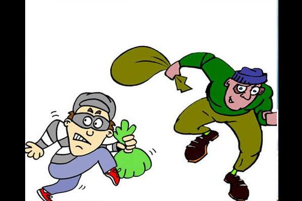 बिहार में बैंक से 1 करोड़ 19 लाख रुपयों की लूट, 5 की संख्या में आए थे लुटेरे