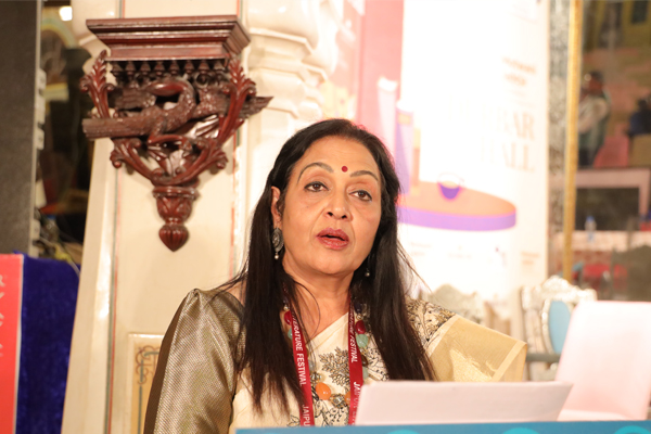 Poet Madhu Sharma charmed the audience with her poems in JLF - Jaipur News in Hindi
