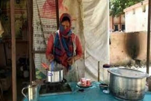 Inspired by Modi, this woman is contesting UP Panchayat elections - Muzaffarnagar News in Hindi