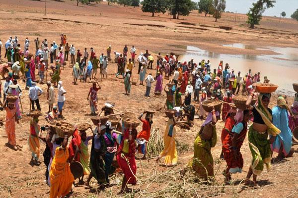 कोरोना संकट : मनरेगा बना ग्रामीणों का सहारा, सात लाख नए लोगों को मिला रोजगार
