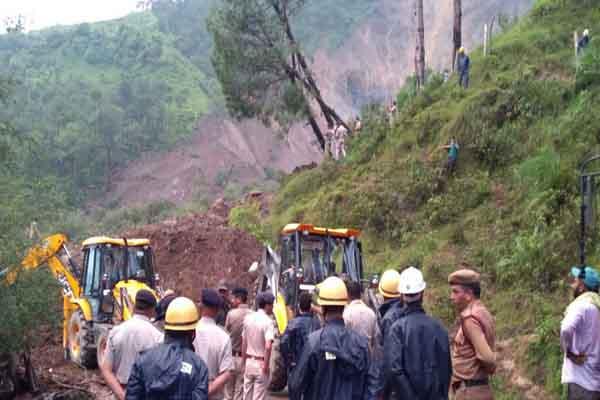 landslide in mandi and pithoragrh many died - Mandi News in Hindi