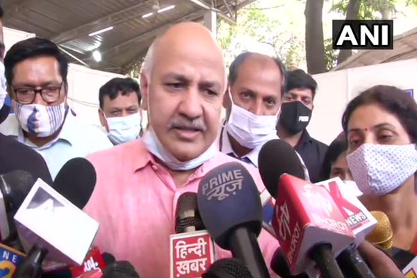 Corruption is the solution to vaccination, not lockdown: Manish Sisodia - Delhi News in Hindi