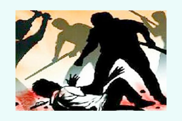 attacked with sticks on house of Contractor, 15 nominated - Bikaner News in Hindi