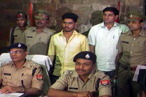 arrest two accused of murder case in meerut - Meerut News in Hindi