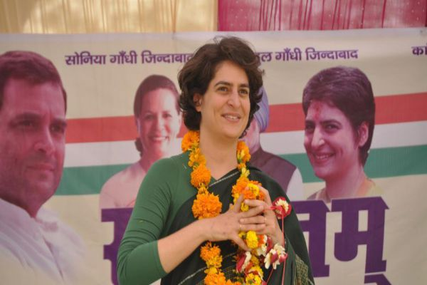 Priyanka Gandhi first UP poll rally in RaeBareli on today - Lucknow News in Hindi
