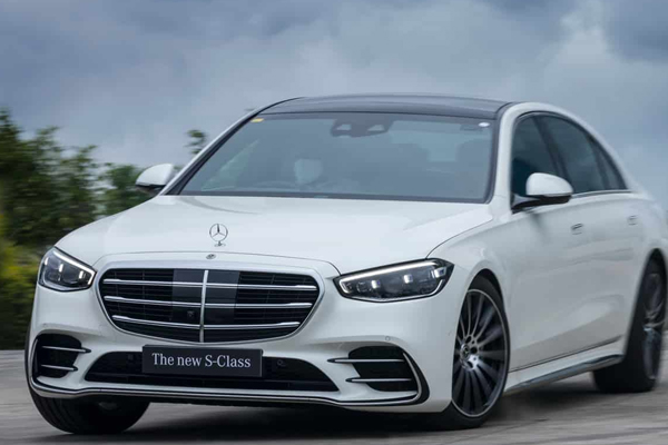 Mercedes-Benz India launches seventh generation of S-Class - Automobile News in Hindi