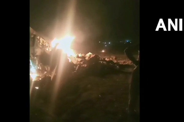 Indian Air Force MiG-21 fighter plane crashes in Moga, Punjab, see photo - Moga News in Hindi