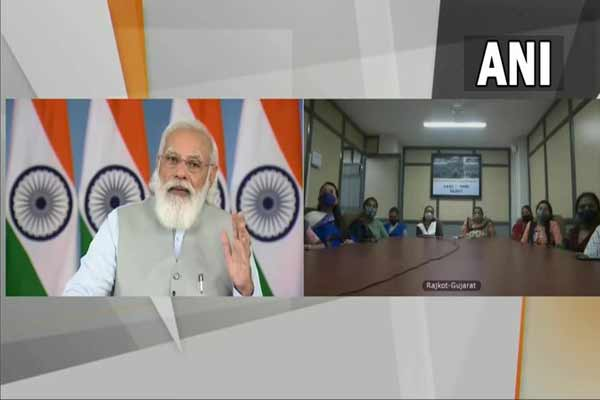 There is a glow on the face of students, private sector should come forward to enhance the quality of schools: PM Modi - Delhi News in Hindi