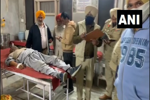 Clash between Akali Dal and Congress workers in Moga district of Punjab, two people dead - Moga News in Hindi