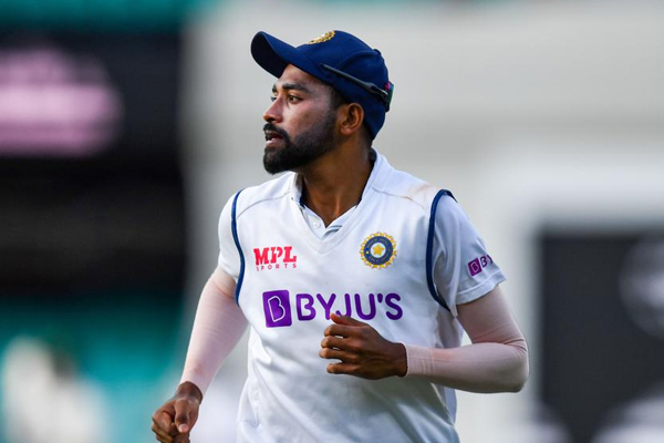 Siraj once again became victim of racial remarks - Cricket News in Hindi