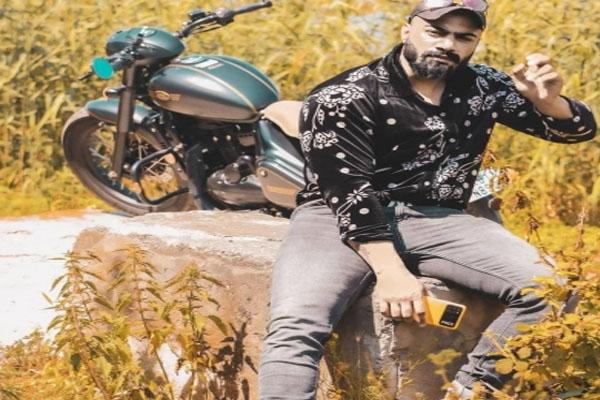 Youth killed in Srinagar by gunmen - Srinagar News in Hindi