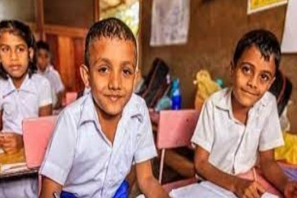कोरोना के चलते मध्यप्रदेश में मिडिल स्कूल 15 अप्रैल तक बंद