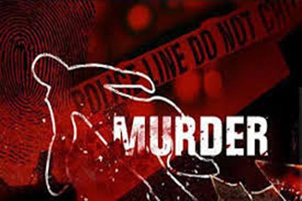 अवैध संबंध के शक में व्यक्ति ने की अपनी पत्नी की हत्या