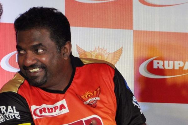 खिलाड़ियों को अच्छी तरह समझने की कला ने धोनी को सफल कप्तान बनाया : मुरलीधरन
