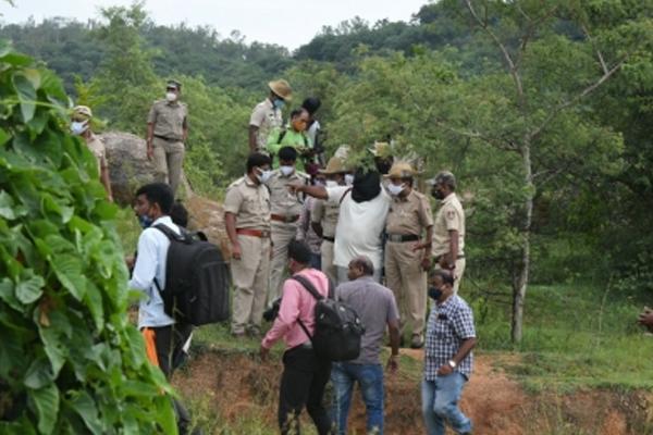 Mysore gang rape: Victim identifies rapists at ID parade - Mysore News in Hindi
