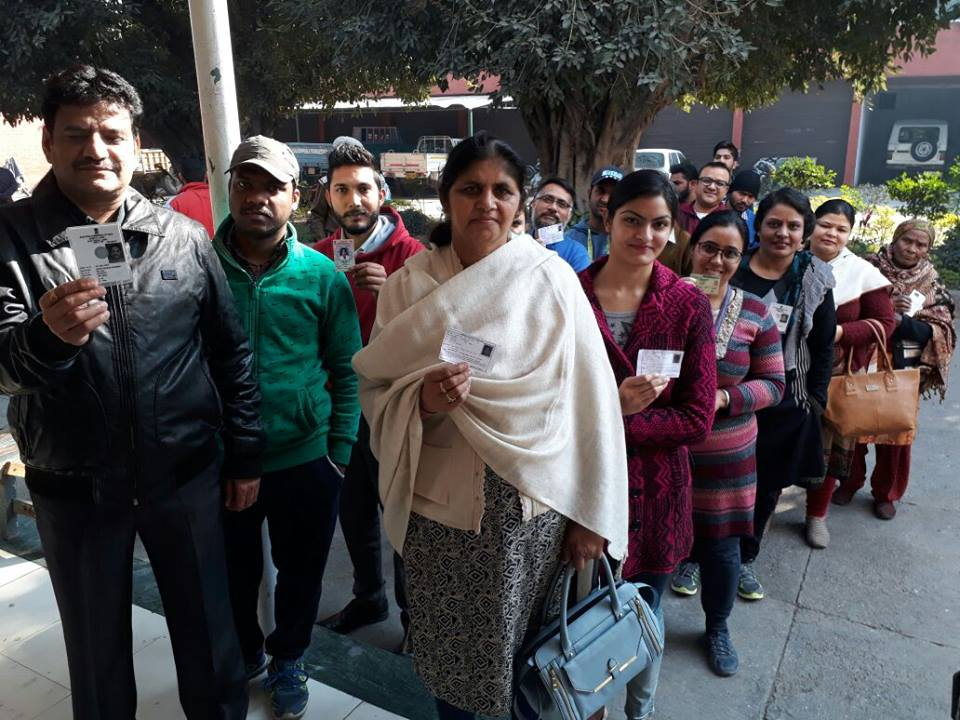 PUNJAB: Polling for municipal elections in Ludhiana continues - Ludhiana News in Hindi