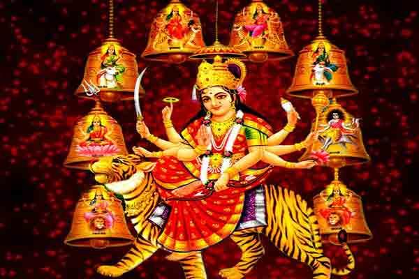 नवरात्र के दौरान ये संकेत बताते है की आप पर होने वाली है मां लक्ष्मी मेहरबान