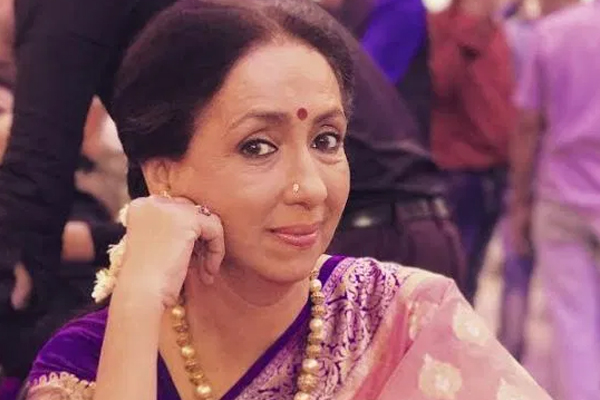 Neena Kulkarni: Nowadays my husband on screen is often younger than me! - Television News in Hindi