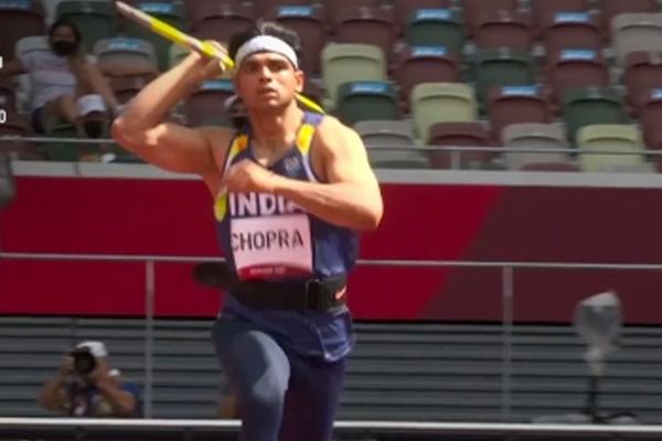 Javelin thrower Neeraj Chopra tops qualification with 86.65m effort - Sports News in Hindi