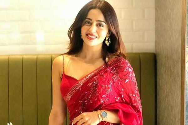 Nehha Pendse on replacing Saumya Tandon in Bhabiji Ghar Par Hain! - Television News in Hindi