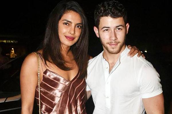 Nick Jonas: Priyanka is incredible in every way - Hollywood News in Hindi