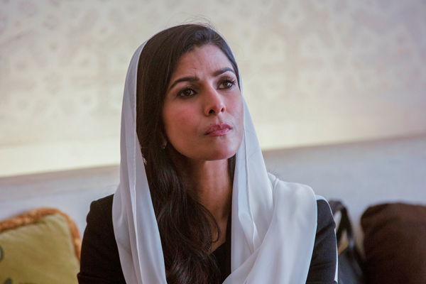 Nimrat Kaur concerned about cats disappearing near her Noida home - Bollywood News in Hindi