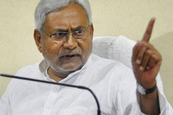 Nitish Kumar orders CBI probe into Rs 1000 crore Bhagalpur Srijan scam - India News in Hindi
