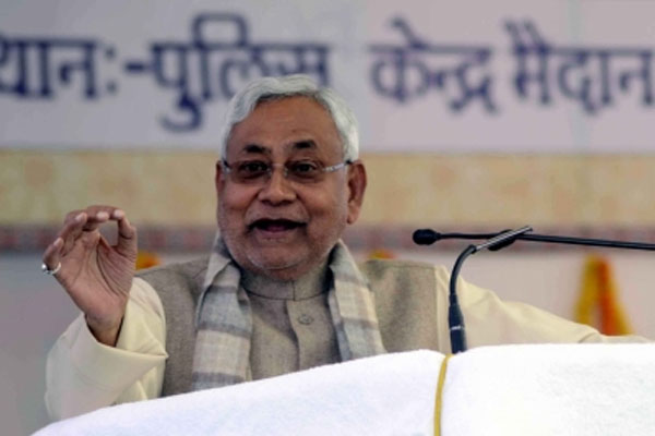 Nitish announces compensation of Rs 2 lakh each to the kin of Bihar dead in Barabanki accident - Patna News in Hindi