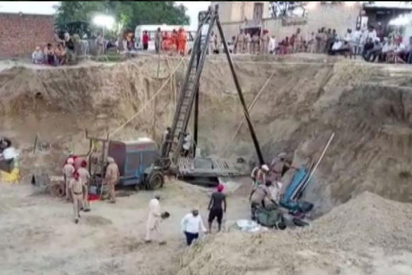 Child retrieved from Punjab borewell is dead - Sangrur News in Hindi