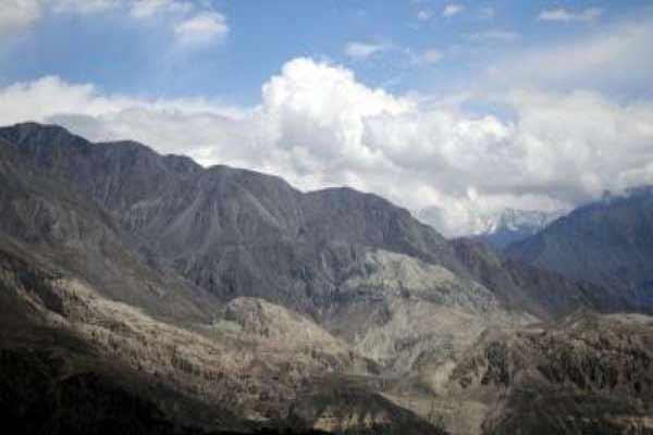 Pak army recovered body of US climber near K2 - World News in Hindi