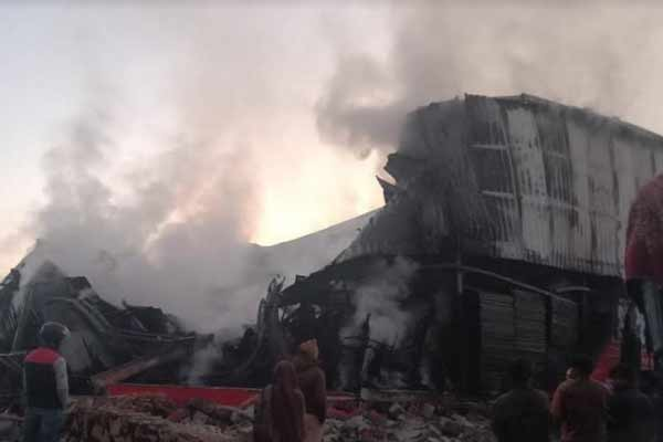 Panic in Jaipur warehouse fire, loss of millions of rupees - Jaipur News in Hindi