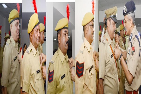 CID (CB) awarded 61 policemen service marks - Jaipur News in Hindi
