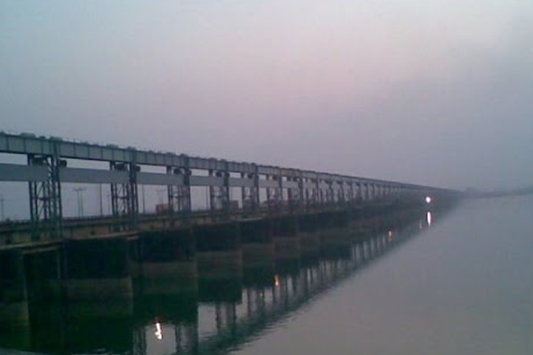 Not to worry, water being released from Farakka Barrage: Nitish - Patna News in Hindi