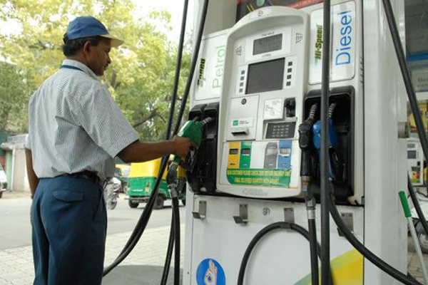 Petrol, diesel prices rise for sixth consecutive day - Delhi News in Hindi