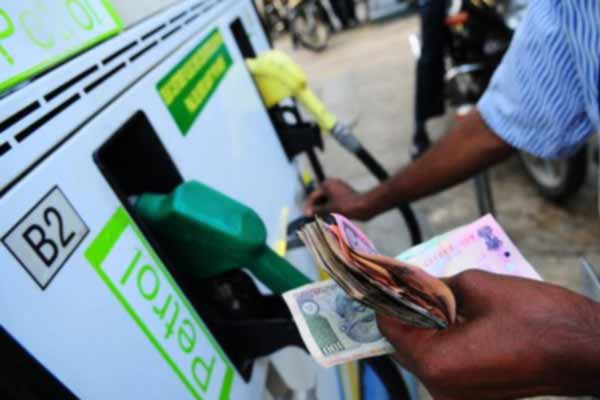 Petrol, diesel prices hiked for first time in more than a month - India News in Hindi