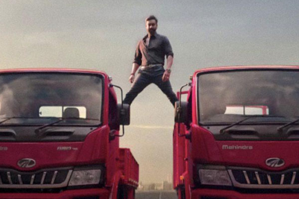 Ajay Devgn to Anand Mahindra: It was great shooting the truck stunt - Bollywood News in Hindi