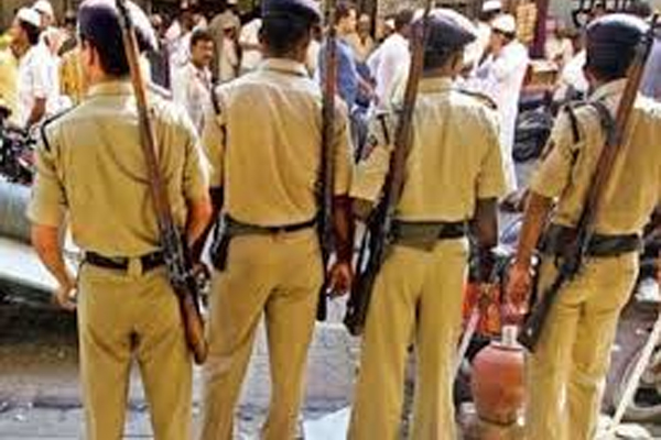 After the mysterious death of two Dalit girls in Unnao, the village was converted into a camp - Unnao News in Hindi