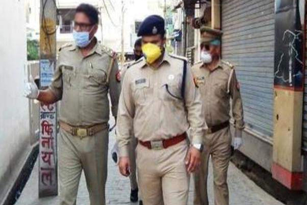 13 infected policemen in Noida healthy, treatment of 6 continues - Noida News in Hindi