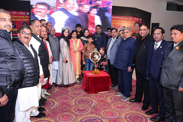 Unity of the visible society at the Punjabi Family Meeting, organized in the celebration of Lohri festival - Kaithal News in Hindi