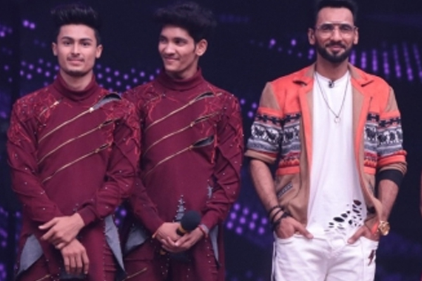 Punit Pathak decides to pay off contestant loans on Dance plus 6 - Television News in Hindi