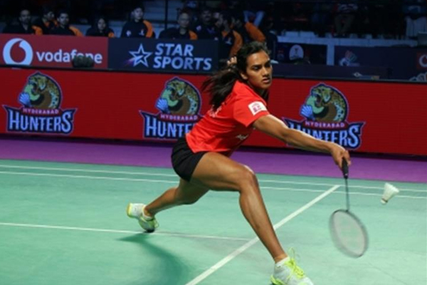 All England Championship: Sindhu through, Saina out in 1st round - Badminton News in Hindi