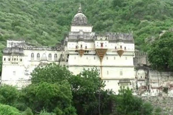 Royal house of Sirohi Raghuveer Singh Devda claims lineage to Lord Rama - Sirohi News in Hindi