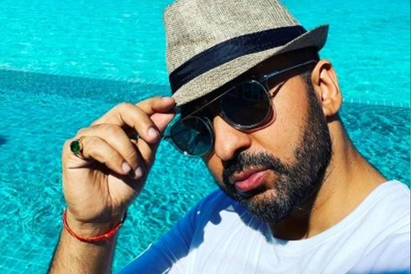 Memes about links of Raj Kundra work go viral - Bollywood News in Hindi