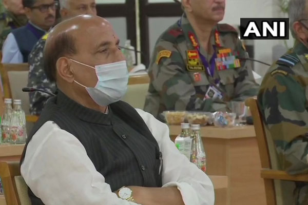 Rajnath Singh attended Combined Commanders Conference, visited the Statue of Unity, see photos - gandhinagar News in Hindi
