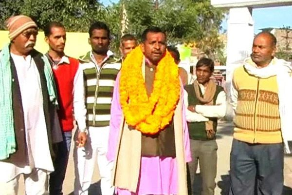 photographer ramesh kumar third time in election - Sultanpur News in Hindi