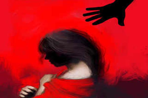 gang raped with minor Girl in Madhya Pradesh - Chhatarpur News in Hindi