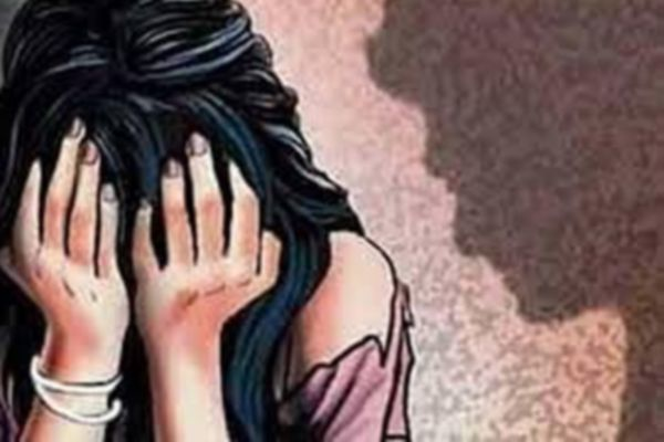 Neighbour raped teen in Up - Lucknow News in Hindi