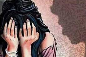 UP: बीजेपी के एक और विधायक पर बलात्कार का आरोप, शादी का झांसा देकर...